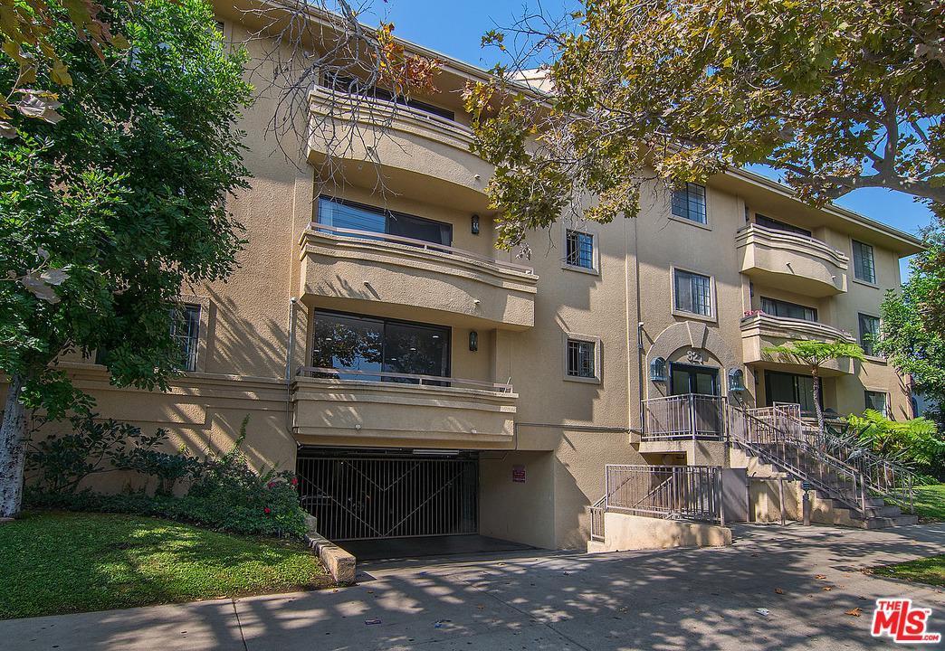 821 NORTH FORMOSA AVENUE #101, LOS ANGELES, CA 90046  Photo 2