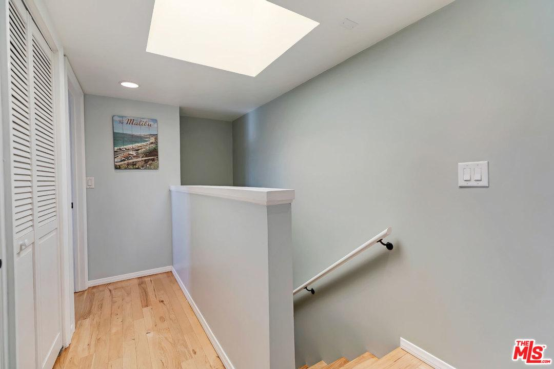 1128 17TH STREET #E, SANTA MONICA, CA 90403  Photo 21