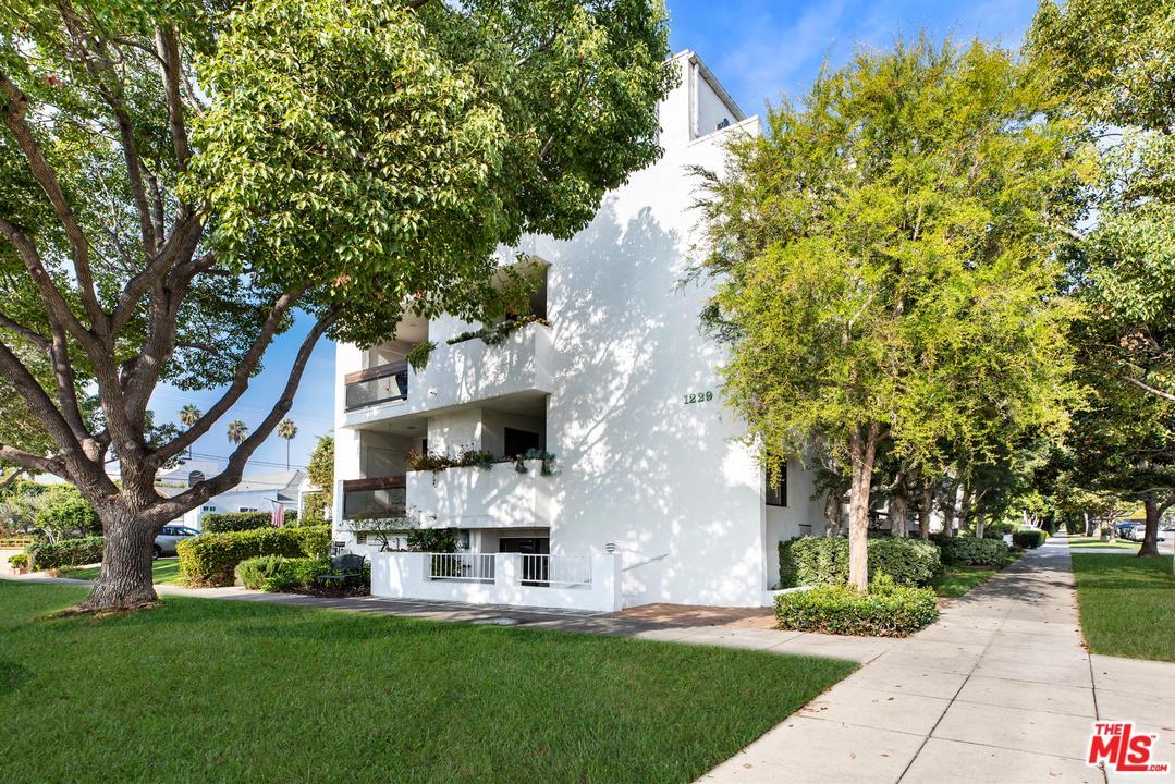 Photo of 1229 CALIFORNIA AVE, Santa Monica, CA 90403