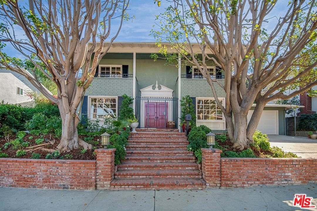 3178 DONA MARTA Drive - Studio City, California