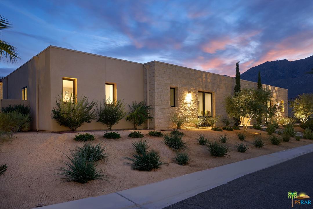 1021 BELLA VISTA, Palm Springs, CA 92264