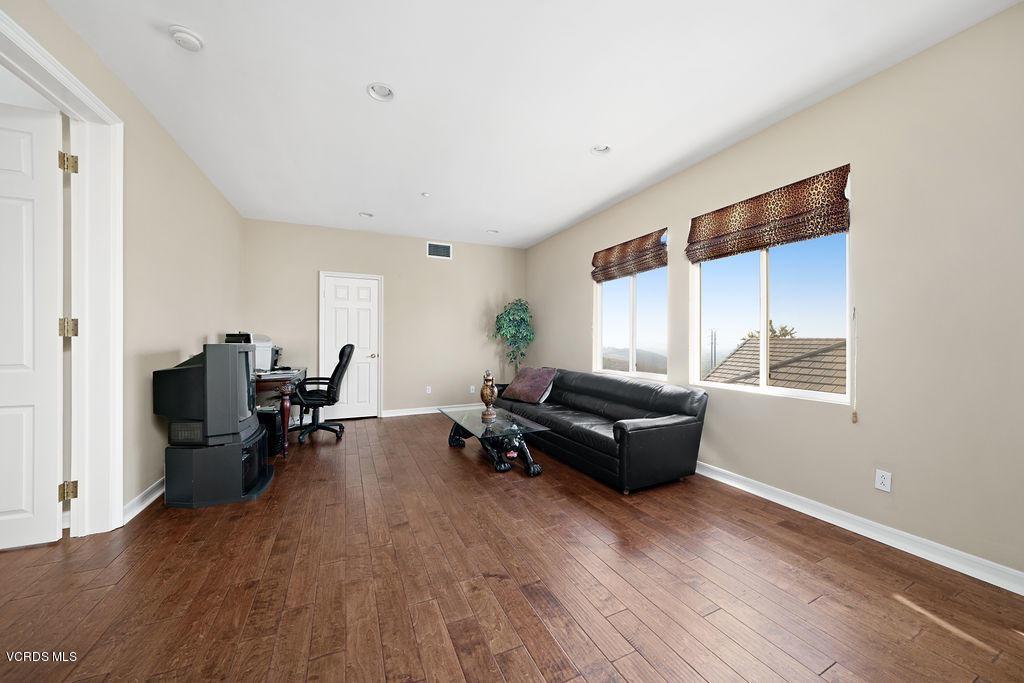 2480 FEATHERWOOD STREET, WESTLAKE VILLAGE, CA 91362  Photo 48