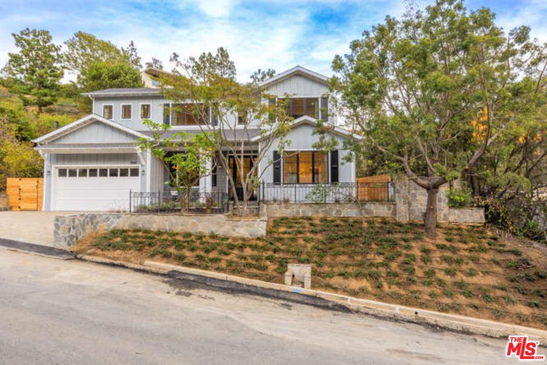 Photo of 2262 BETTY LN, Beverly Hills, CA 90210
