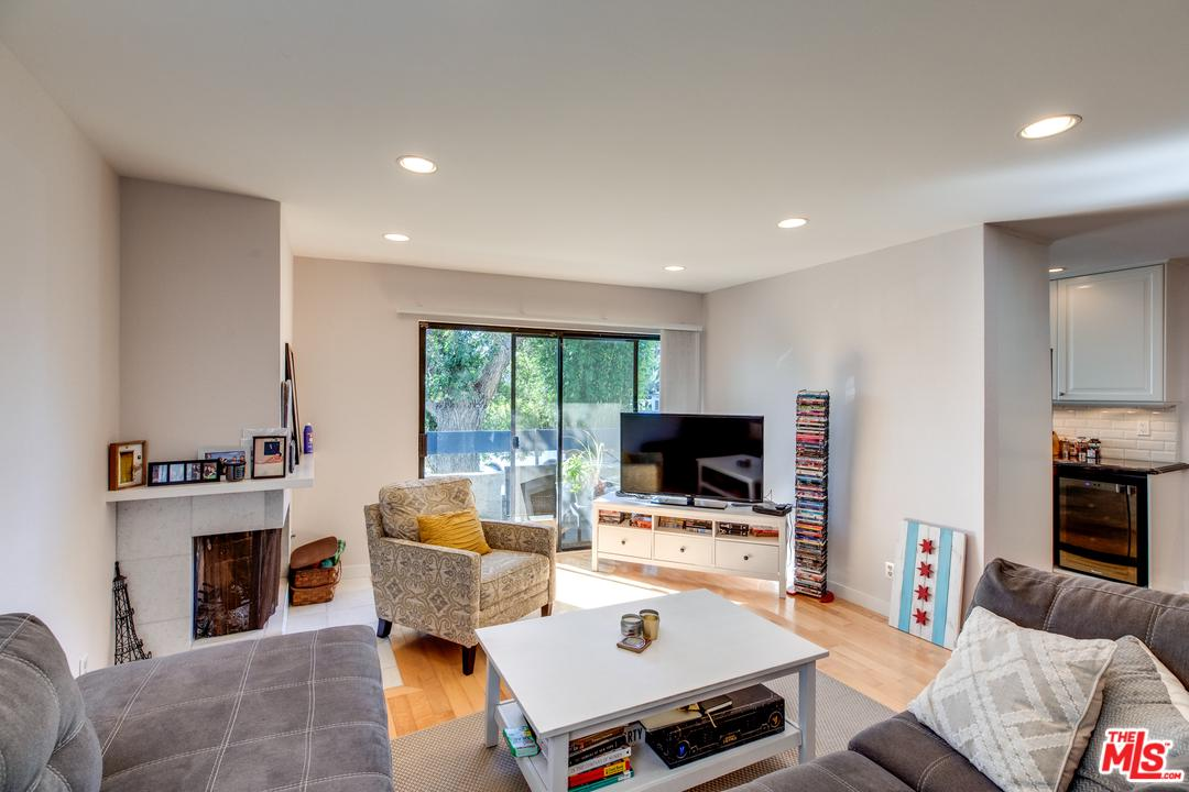 Property for sale at 3988 BEETHOVEN ST #1, Los Angeles,  CA 90066