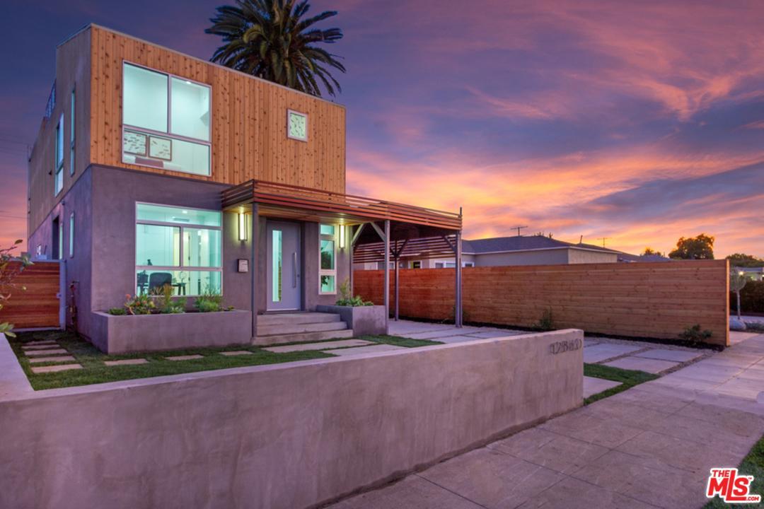 12840 GILMORE, Los Angeles (City), CA 90066