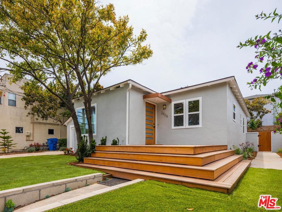 2906 11TH STREET, SANTA MONICA, CA 90405  Photo 2