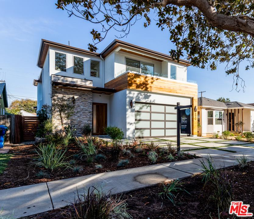 8040 REGIS Way - Westchester, California
