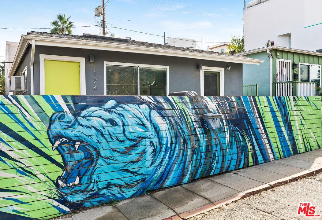 124 THORNTON, Venice, CA 90291
