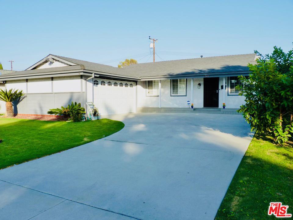 15432 COLUMBIA, Huntington Beach, CA 92647