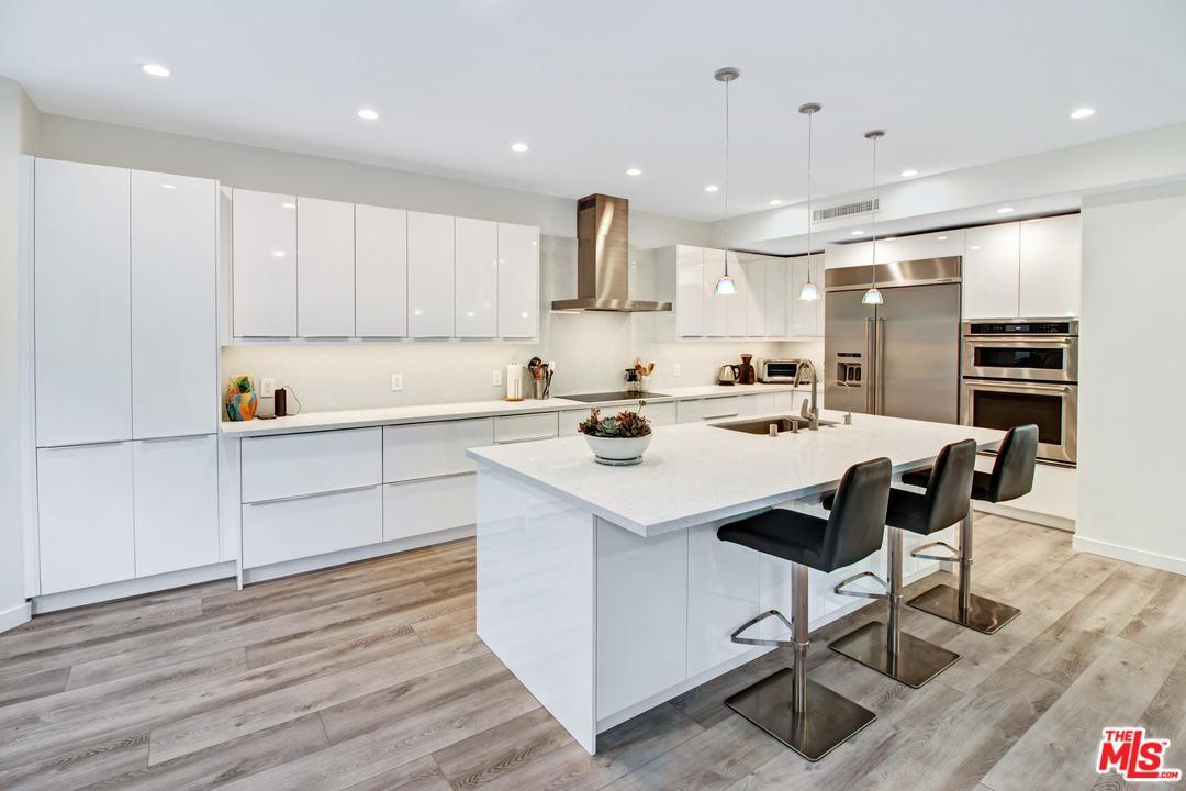 Property for sale at 6465 ZUMA VIEW PL #163, Malibu,  CA 90265