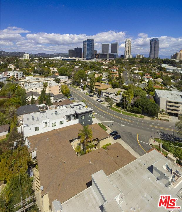 10405 LOUISIANA, Los Angeles (City), CA 90025