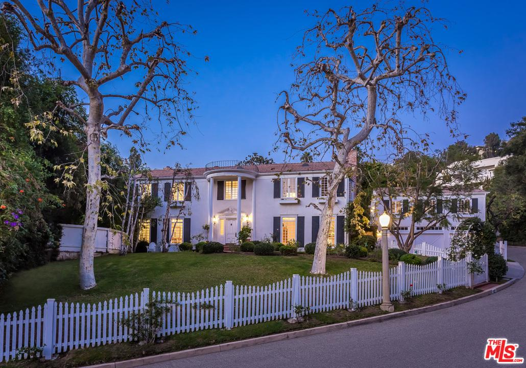 Photo of 1465 LINDACREST DR, Beverly Hills, CA 90210
