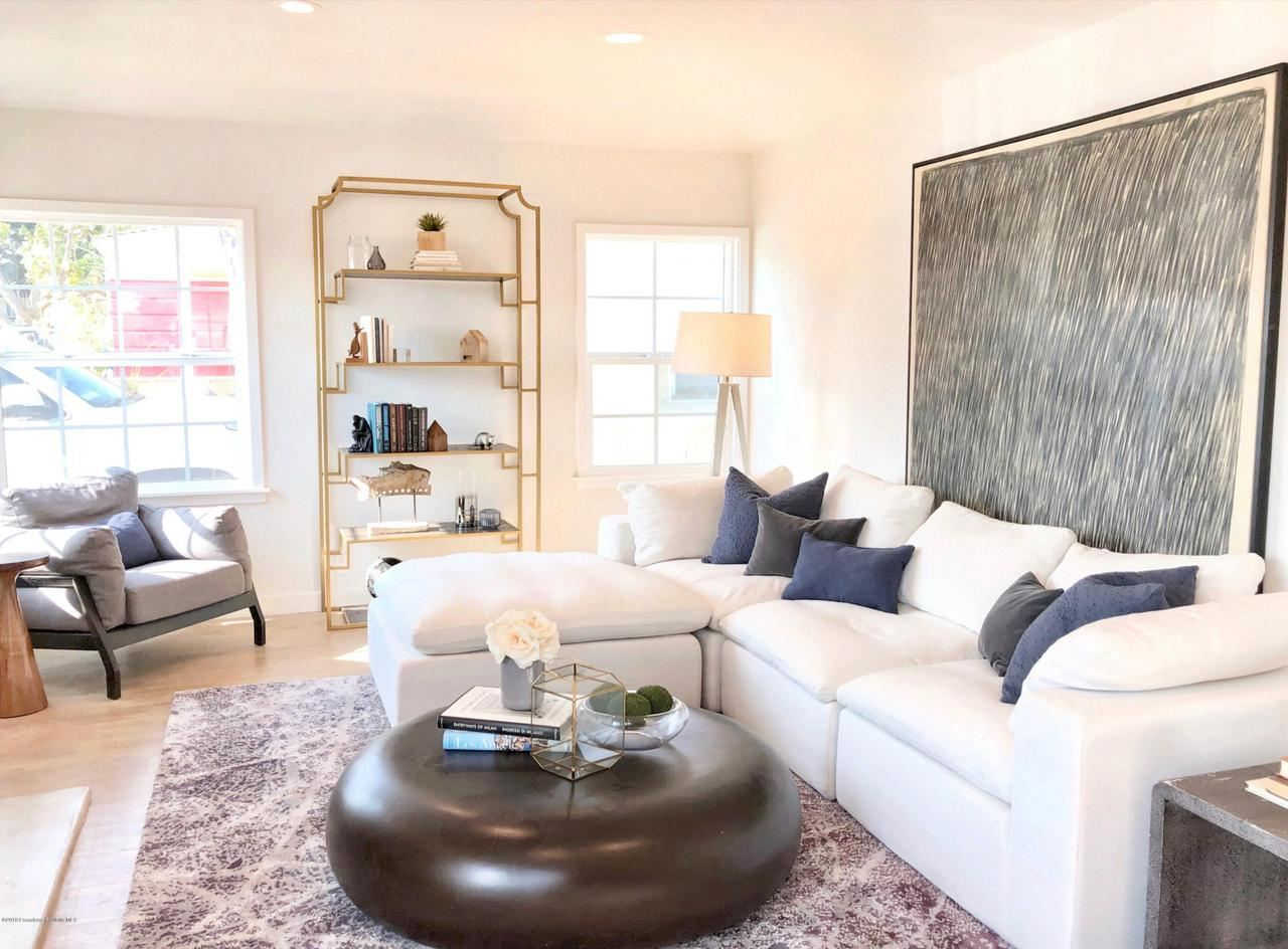 Property for sale at 8412 VICKSBURG AVENUE, Los Angeles,  CA 90045