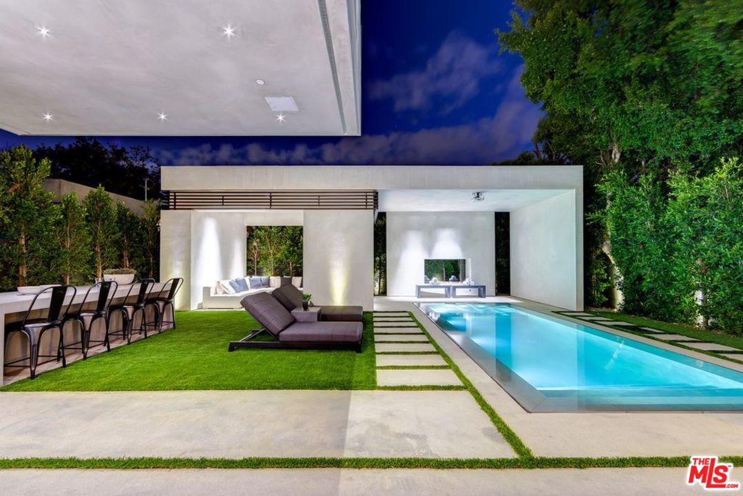 935 N LA JOLLA Avenue - West Hollywood, California