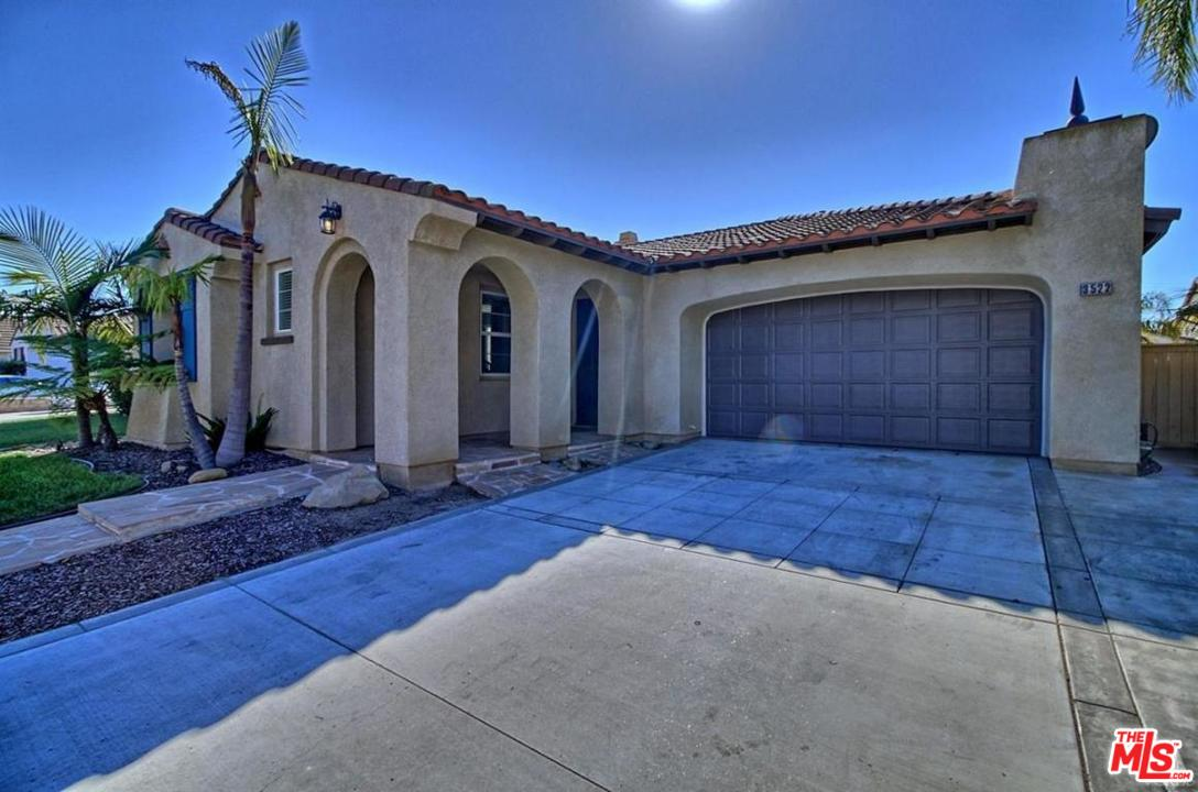 3522 BROOKWOOD LANE, OXNARD, CA 93036