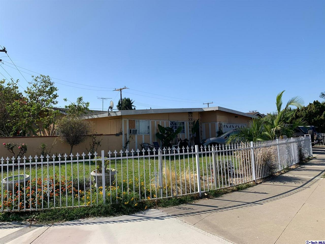 2010 GLENWOOD, Santa Ana, CA 92704