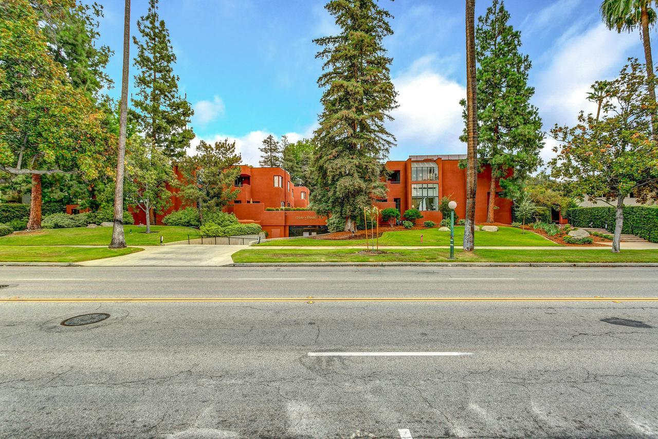 776 ORANGE GROVE, Pasadena, CA 91105 - 776 S Orange Grove Blvd #10-002