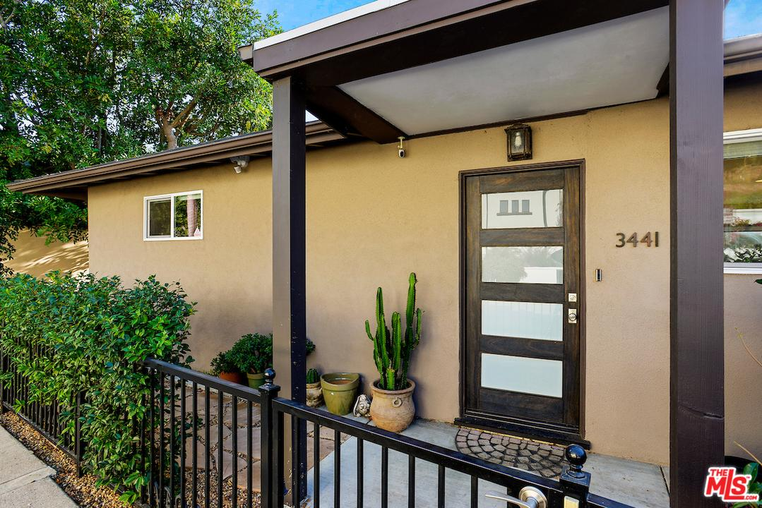 3441 LA SOMBRA, Los Angeles (City), CA 90068