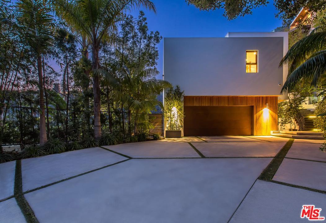 1551 VIEWSITE, Los Angeles (City), CA 90069