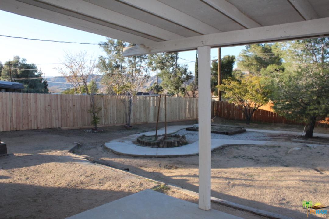 56294 TAOS, Yucca Valley, CA 92284