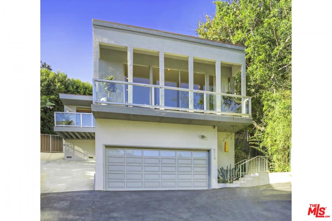 8715 SUNSET PLAZA, Los Angeles (City), CA 90069
