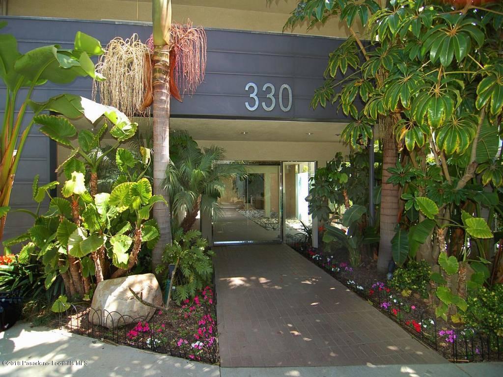 330 BARRINGTON, Los Angeles (City), CA 90049 - front entry-7
