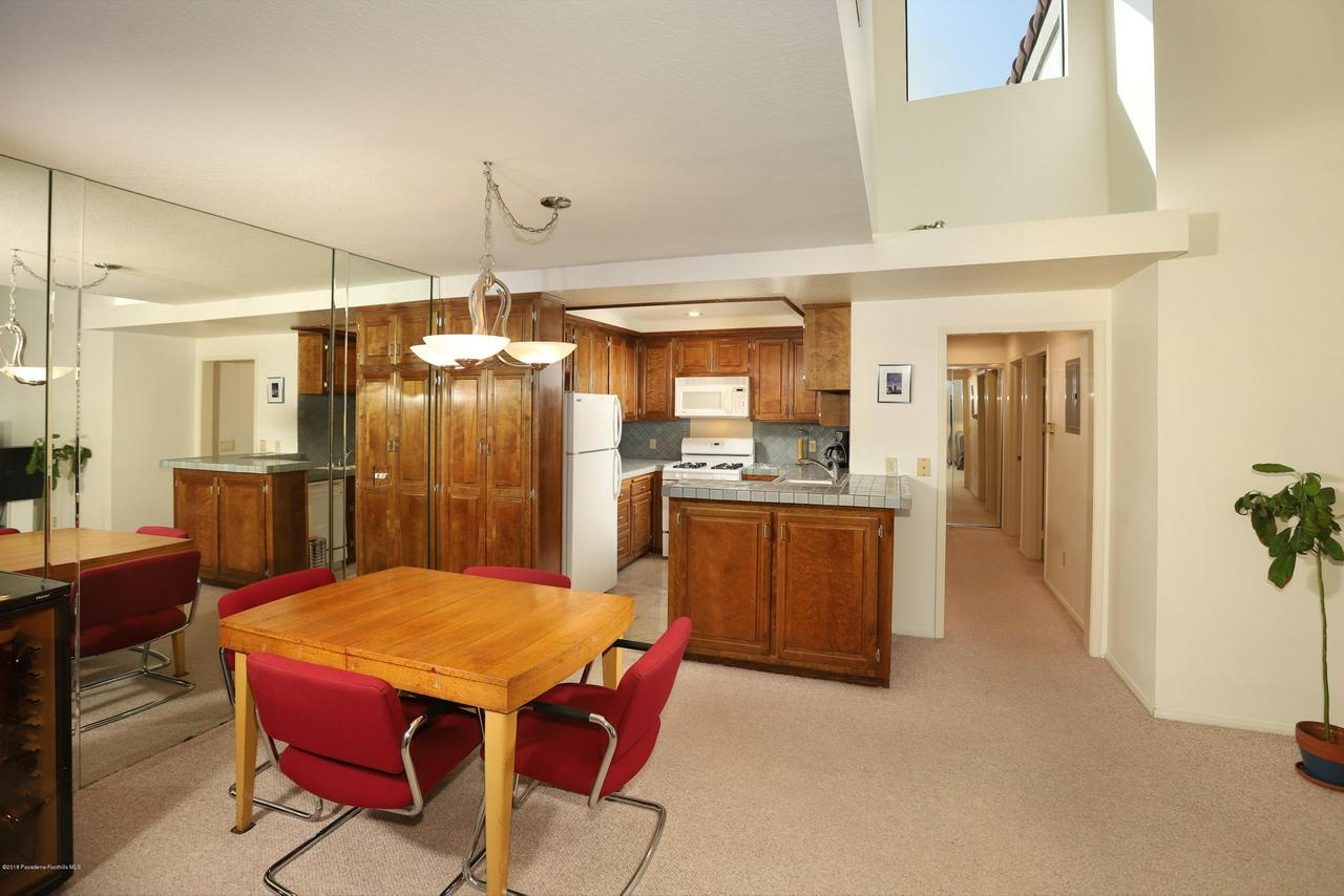 8600 TUSCANY, Playa Del Rey, CA 90293 - Kitchen_1030