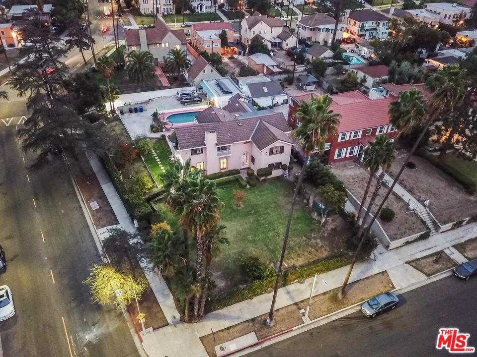 3250 COUNTRY CLUB, Los Angeles (City), CA 90019