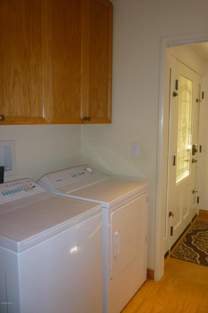 20309 VILLAGE 20, Camarillo, CA 93012 - For MLS Listing 037