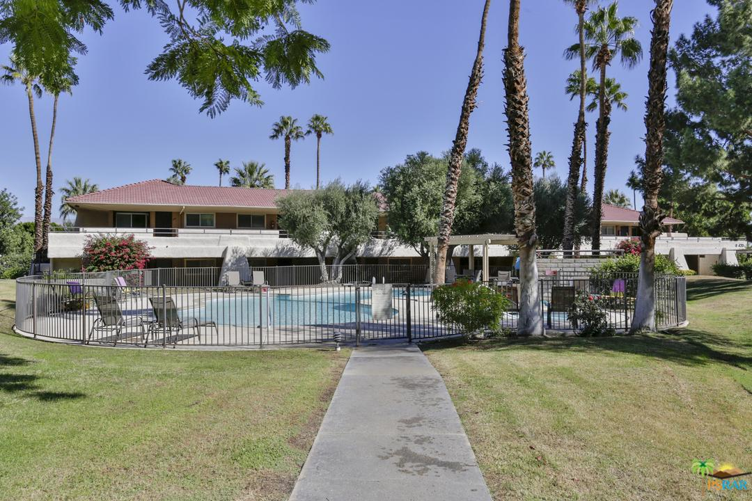 470 VILLA, Palm Springs, CA 92262