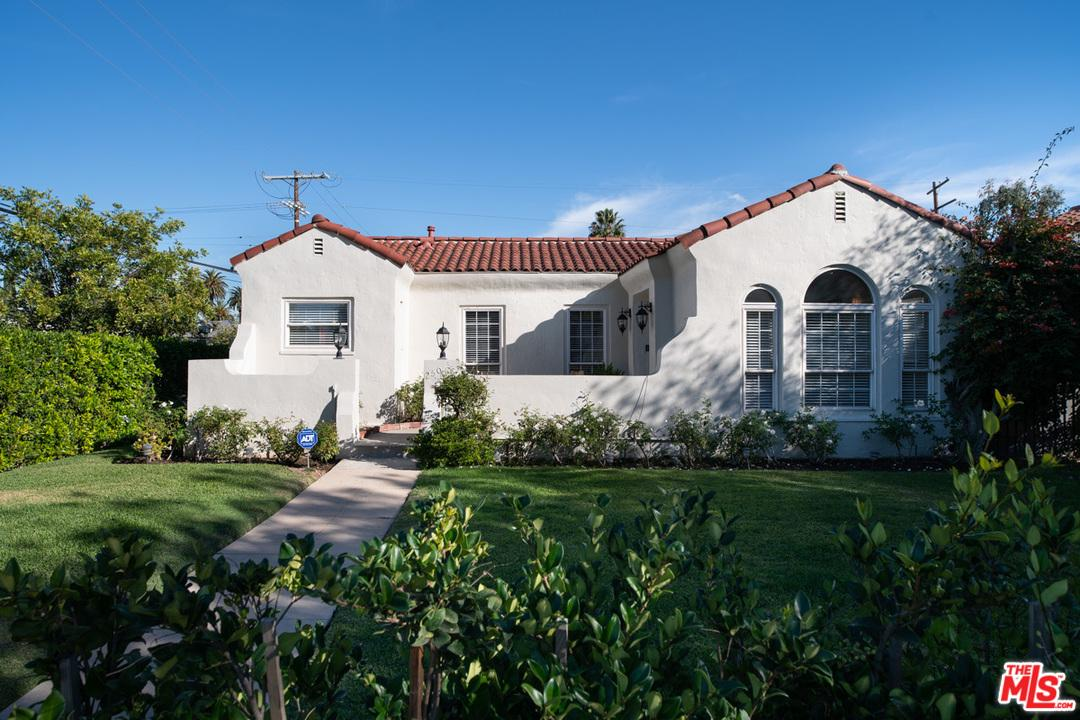 250 BEACHWOOD, Los Angeles (City), CA 90004