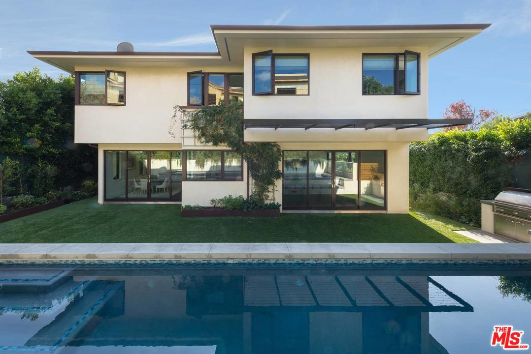 Photo of 16835 BOLLINGER DR, Pacific Palisades, CA 90272