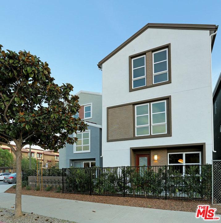 2700 CHAUCER, Los Angeles (City), CA 90065