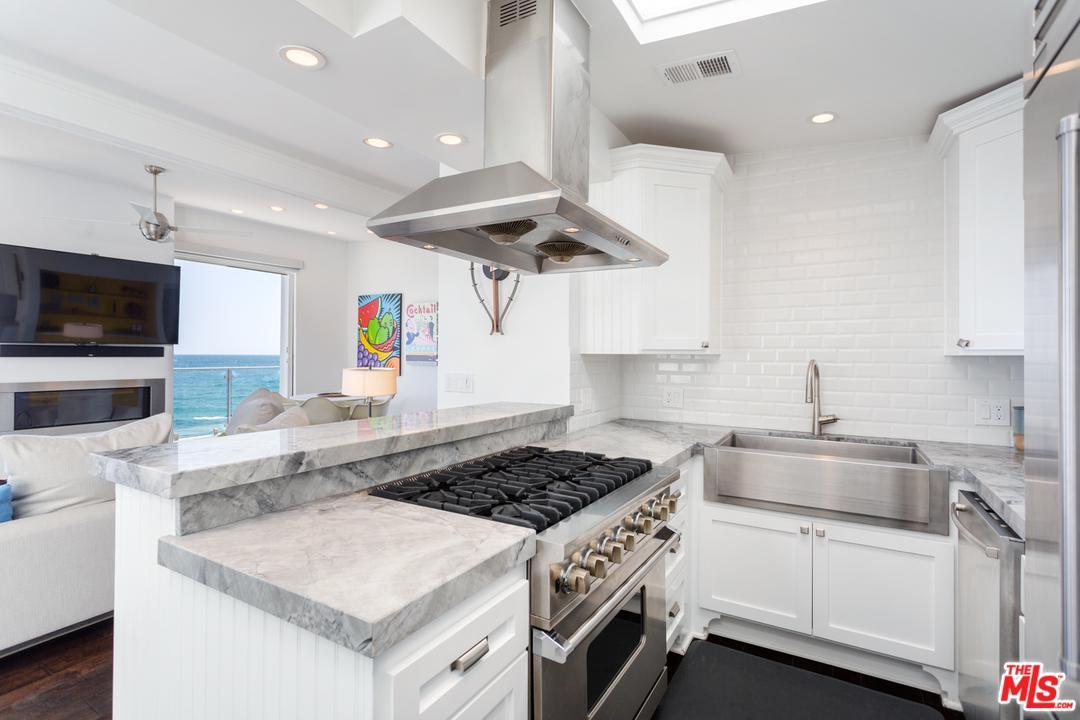 20152 PACIFIC COAST, Malibu, CA 90265