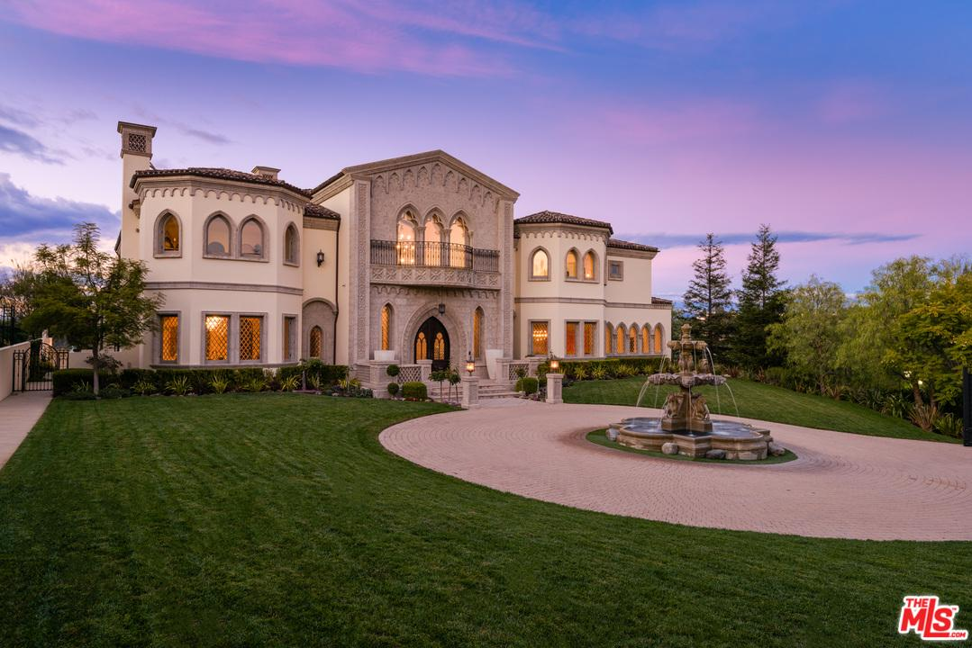 Photo of 9 BEVERLY RIDGE TER, Beverly Hills, CA 90210