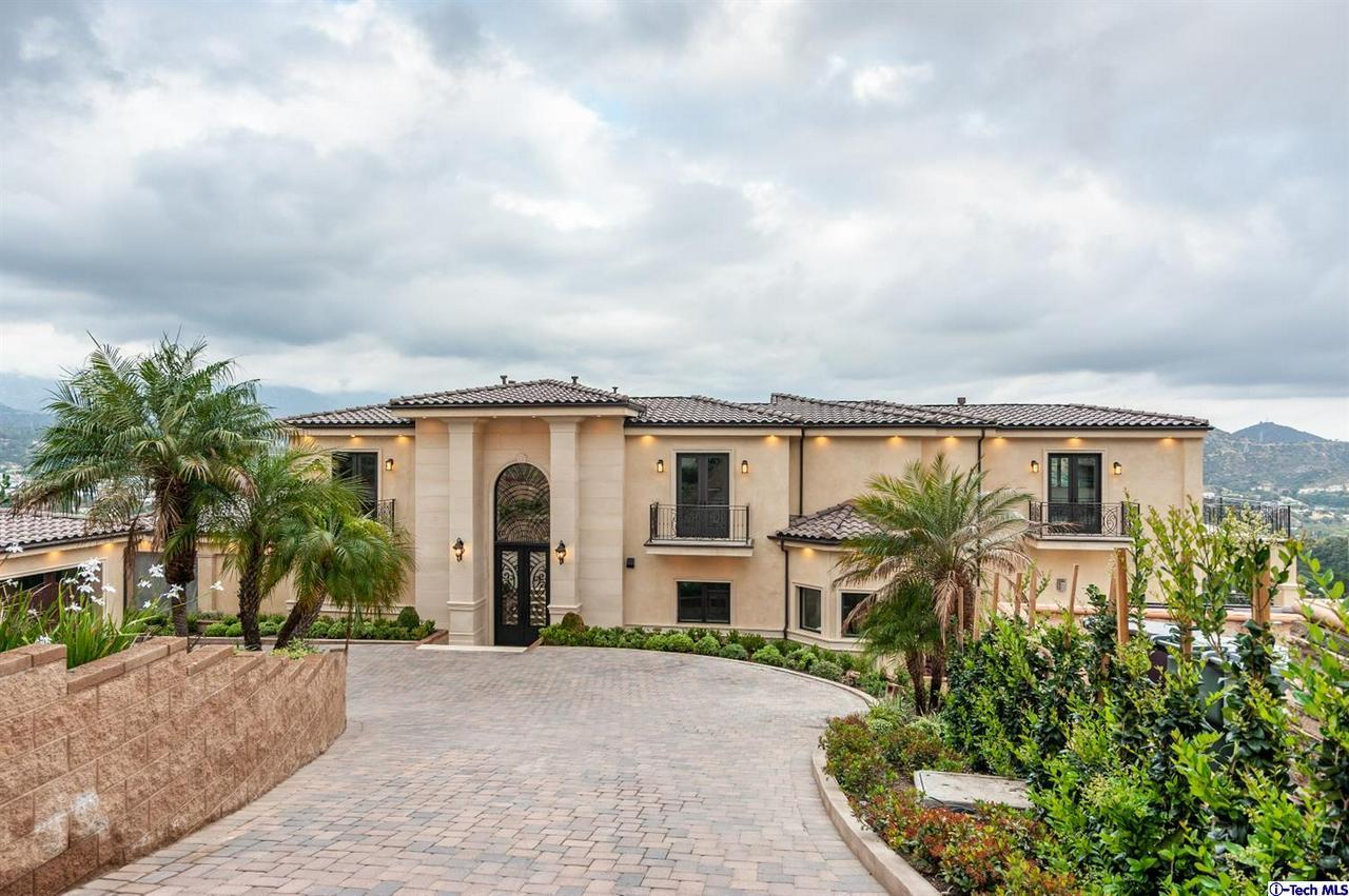 Glendale                                                                      , CA - $4,595,000