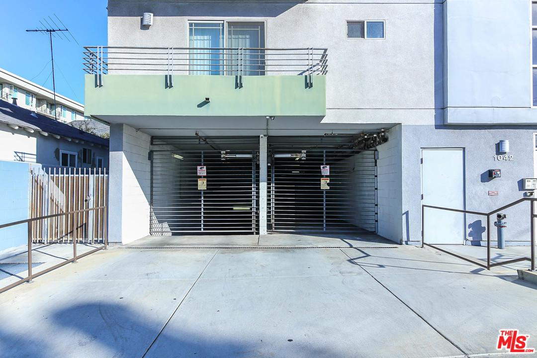 1042 KINGSLEY, Los Angeles (City), CA 90006