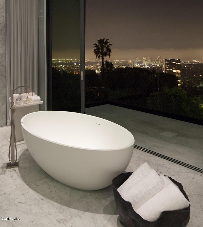 9133 ORIOLE, Los Angeles (City), CA 90069 - 18 9133OrioleWay_41