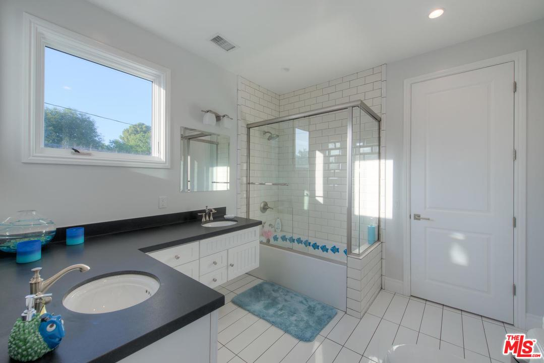4658 MARY ELLEN, Sherman Oaks, CA 91423