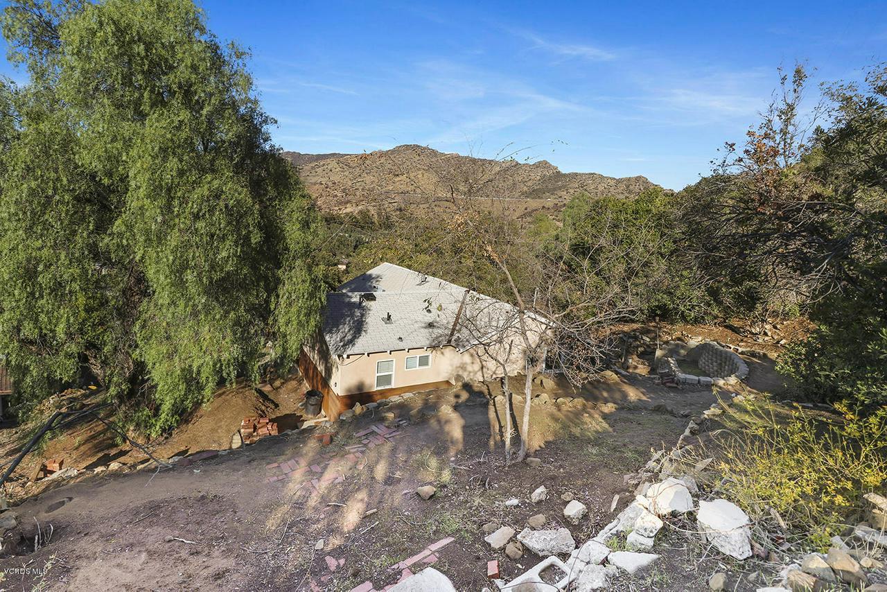 6834 SANTA SUSANA PASS, Simi Valley, CA 93063 - iBackyard and View2