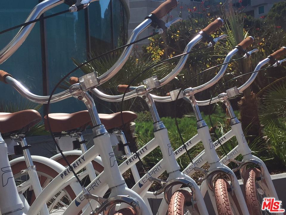 Photo of 13924 MARQUESAS WAY 2305 WAY, Marina Del Rey, CA 90292