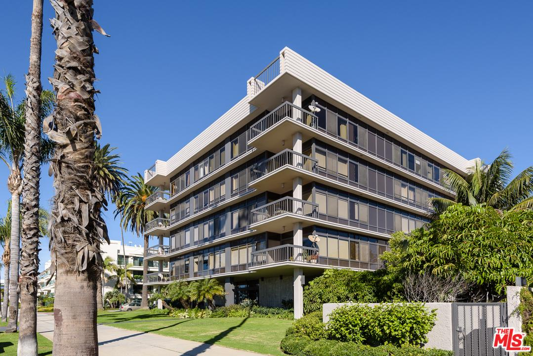 Photo of 1007 OCEAN AVE, Santa Monica, CA 90403