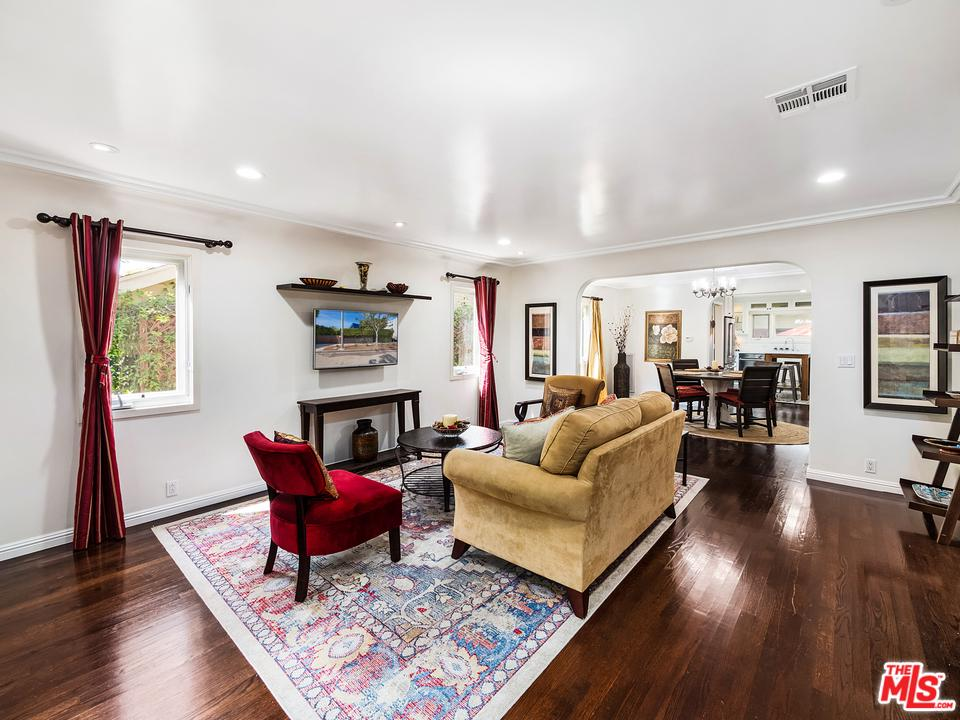 Photo of 617 HUNTLEY DR, West Hollywood, CA 90069
