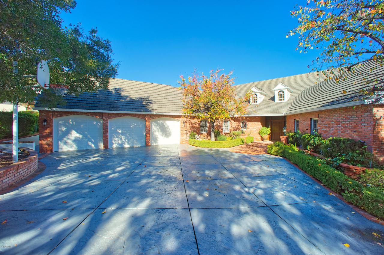 Photo of 506 OAKHAMPTON Street, Thousand Oaks, CA 91361