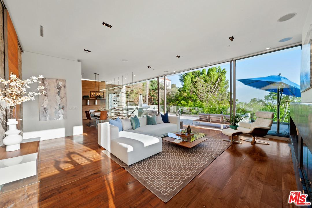 8045 FAREHOLM Drive - Sunset Strip / Hollywood Hills West, California