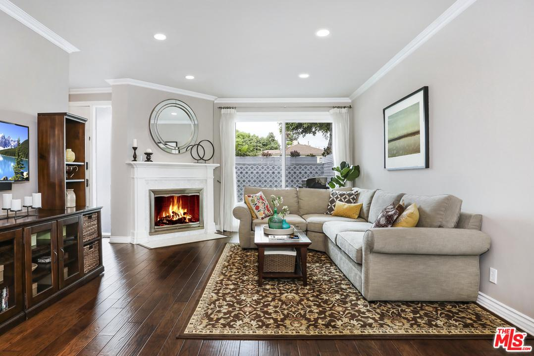 Photo of 1911 BARRY Avenue #2, Los Angeles, CA 90025