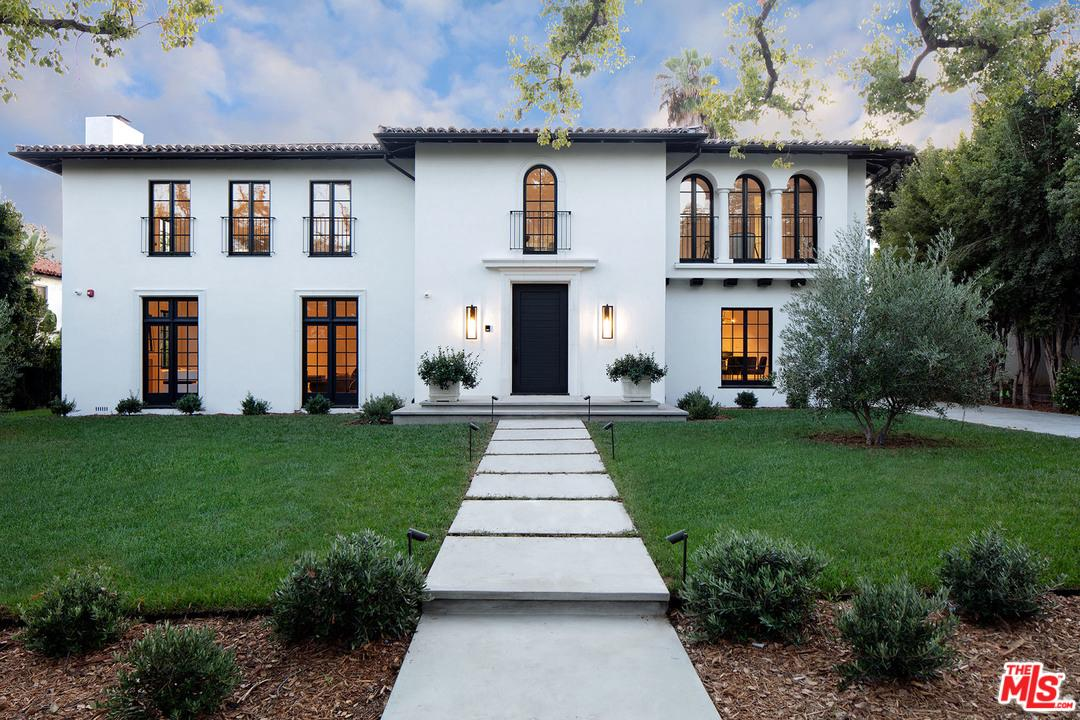 Photo of 625 North MAPLE Drive, Beverly Hills, CA 90210