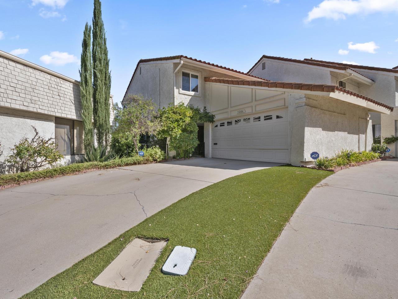 Photo of 3206 MEADOW OAK Drive, Westlake Village, CA 91361