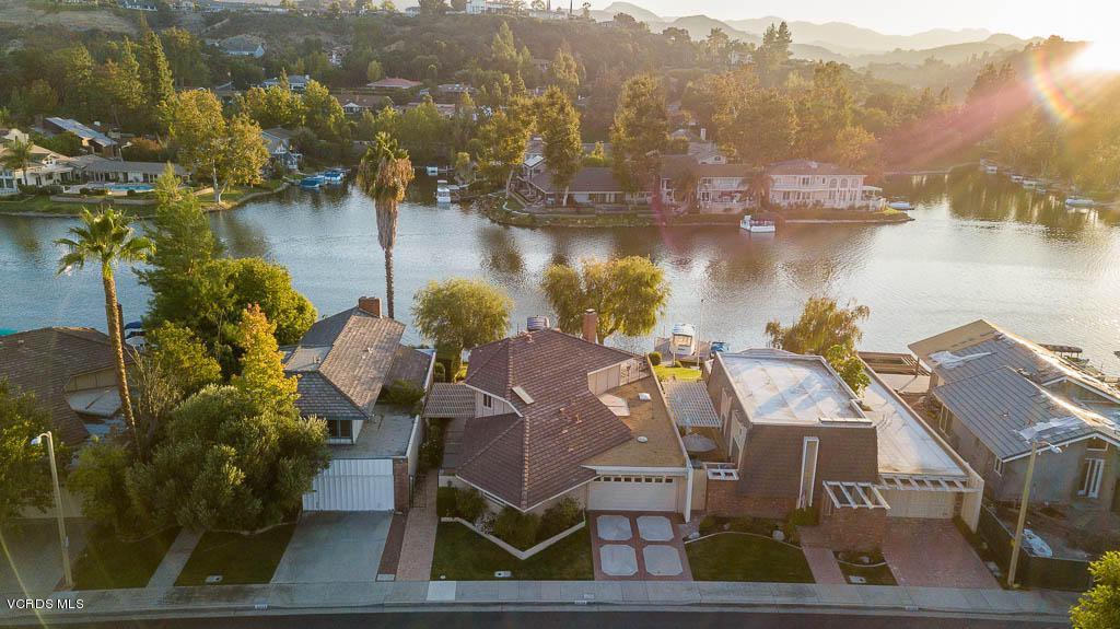 Photo of 32130 OAKSHORE Drive, Westlake Village, CA 91361