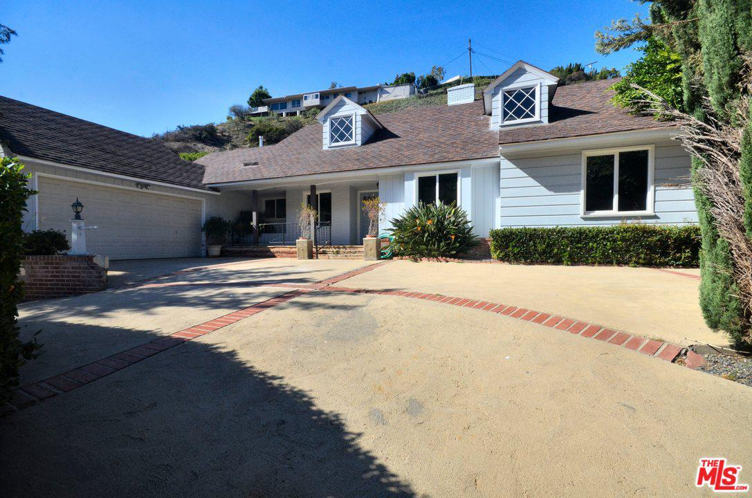 Photo of 2279 COLDWATER CANYON Drive, Beverly Hills, CA 90210